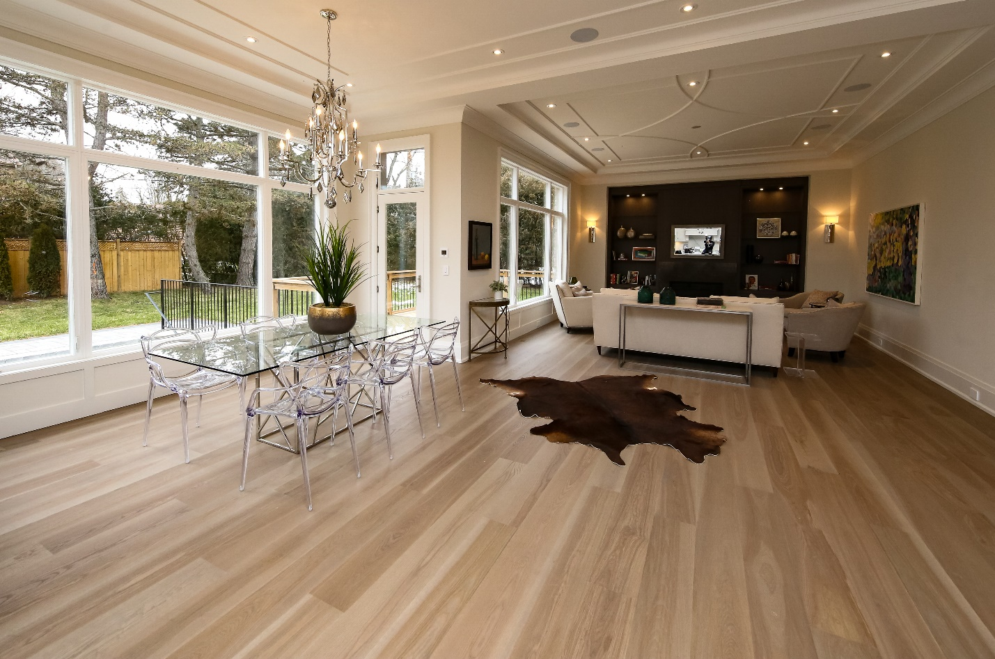 Wide plank flooring how to choose the perfect flooring for How to choose flooring for your home