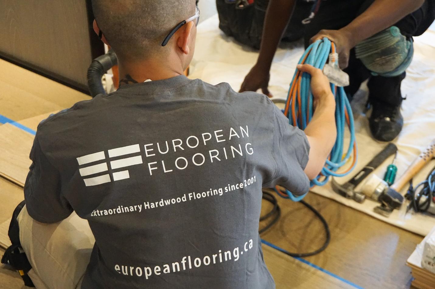 Installation hardwood Flooring